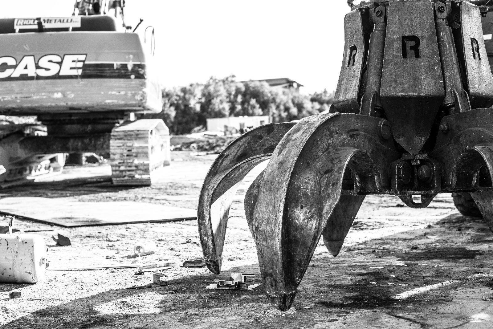 Raccolta Ferro Vecchio Catania riolo metalli | centro smaltimento rifiuti metallici siracusa